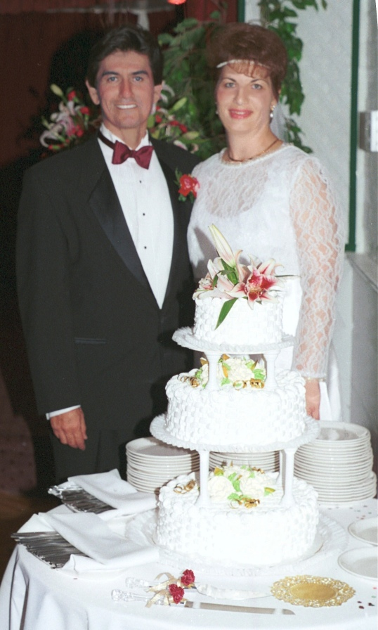 n & c's wedding cake
